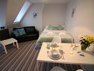 West Cliff Studio Apartment 38 - Bournemouth vacation rentals