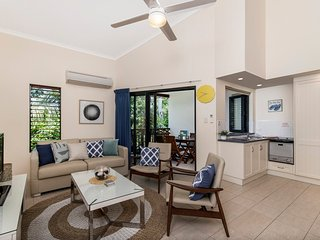 2 bedroom Apartment with Deck in Port Douglas - Port Douglas vacation rentals