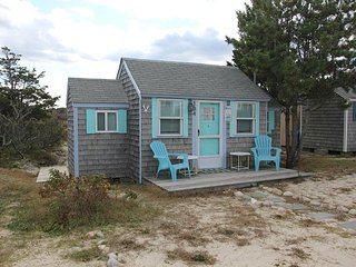 Romantic 1 bedroom House in East Sandwich with Deck - East Sandwich vacation rentals