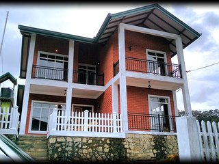 Nice Bungalow with Satellite Or Cable TV and Parking - Nuwara Eliya vacation rentals