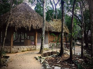 MELI-MELO P&B, ECO-FRIENDLY JUNGLE HOUSE MINUTES FROM TULUM BEACH - Tulum vacation rentals