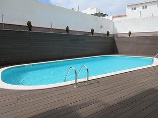 SM B3 -São Martinho do Porto - Outstanding 2 bedroom apartment with shared pool. - Sao Martinho do Porto vacation rentals