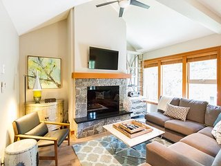 Brand New Luxury 4 Bedroom Townhome, shared hot tub, Woodland setting - Whistler vacation rentals