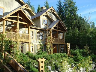 Ski in / Ski out, Private Hot Tub, Sleeps 6-8, Fabulous Views! - Whistler vacation rentals
