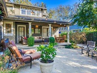 5 Bd/2bth - Cls To Parade and S. Pasadena! - South Pasadena vacation rentals