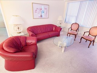 Spacious Oceanfront Deluxe Two Bedroom Suite w/ Balcony! 1AX2GZG - Miami Beach vacation rentals