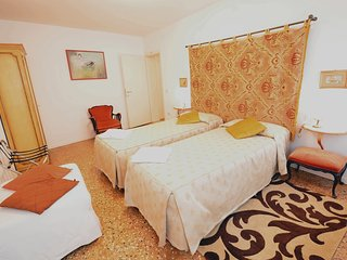SASMI comfortable apartment next Saint Mark's, 2 beds, 4pax, aircond, wifi - Venice vacation rentals