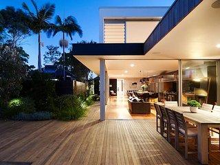 Luxury Family Retreat in Sydney's Inner City Hub - Botany vacation rentals
