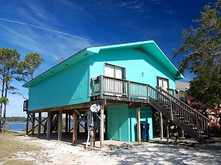 PET FRIENDLY COTTAGE W/PRIVATE PIER ON THE LAGOON. - Gulf Shores vacation rentals