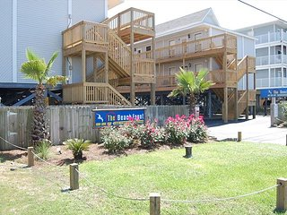 HOMEY BEACH SIDE 2 BEDROOM 1 BATHROOM  CONDO. - Gulf Shores vacation rentals