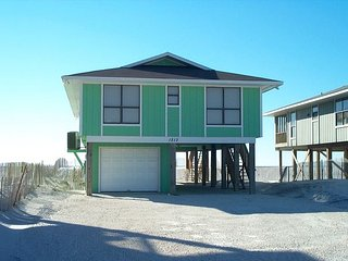 Hideaway: 4 bedroom 2 bathroom private Gulf Front Beach House, sleeps 8 - Gulf Shores vacation rentals