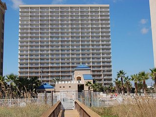 Crystal Tower 1406: Beautiful 2br/2ba condo in Gulf Shores, Sleeps 6 - Gulf Shores vacation rentals