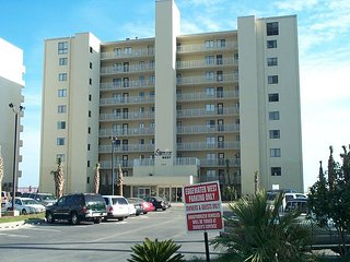 Edgewater West 41: Beautiful 3br/3ba Gulf Front Condo with enclosed balcony - Gulf Shores vacation rentals
