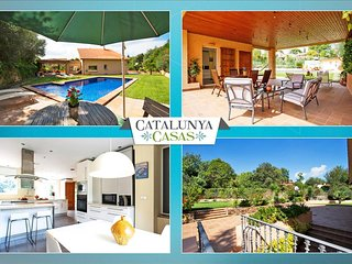 Glorious Villa Bellaterra for up to 13 guests, a short drive from Barcelona and - Barcelona vacation rentals