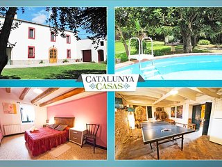 Masia for 10 people, in the heart of Spanish wine country! - Sant Marti Sarroca vacation rentals