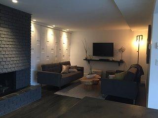Pool Side Suite with Spectacular Views, Sleeps 6!! - Kelowna vacation rentals