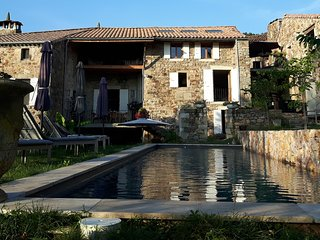 Petite Maison - Chassiers vacation rentals