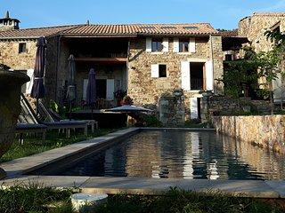 """Gite 2  """"Petite Maison"""" chez Art en Route - Chassiers vacation rentals"""