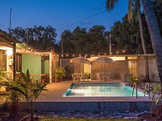 70s retro style bungalow in Melaque, Mexico - Melaque vacation rentals