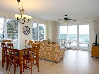2 Master Suites * 1st FLOOR*  Sleeps 11 - Panama City Beach vacation rentals