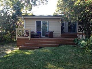 Peaceful 3 bed Narrabeen Getaway - North Narrabeen vacation rentals