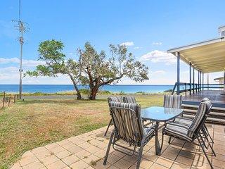 83 Gold Coast Drive - Carrickalinga  B52 - Carrickalinga vacation rentals