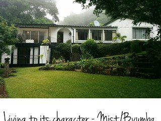 Montana - Pristine Serene Great Views Sleeps 10 Perfect for Couples - Mutare vacation rentals