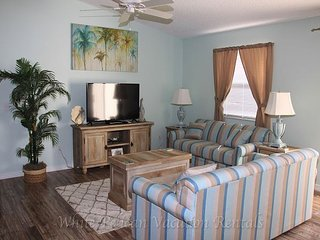 Marvelous pet friendly patio villa with complimentary golf cart! - The Villages vacation rentals