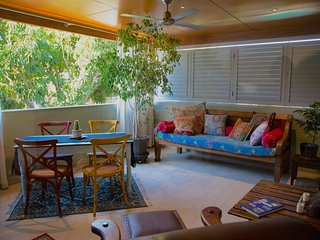 Luxury Tree Top Garden Apartment 2 - East Fremantle vacation rentals