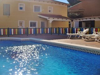 CD368 - No need to choose between a great beach or beautiful mountains! - El Vendrell vacation rentals