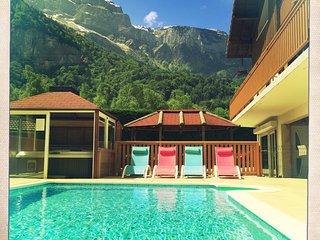 Cozy 2 bedroom Gite in Magland - Magland vacation rentals
