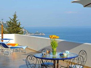 Trilocale a Praiano per 4 persone ID 556 - Praiano vacation rentals