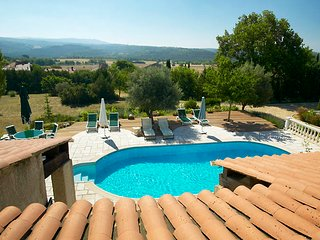 Spectacular Family Home with Swimming Pool - Laurent du Verdon vacation rentals