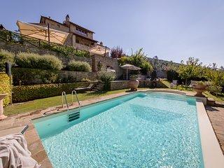 Teresa Villa Overlooking a Breathtaking Landscape - Cortona vacation rentals