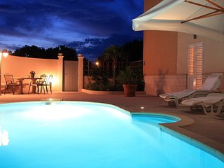Lorena suite with pool and parking - Dubrovnik vacation rentals