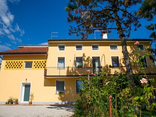Nice House with Internet Access and Garage - Montecchio Precalcino vacation rentals
