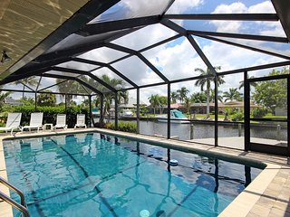 Hidden Harbor - your tropical oasis - Cape Coral vacation rentals