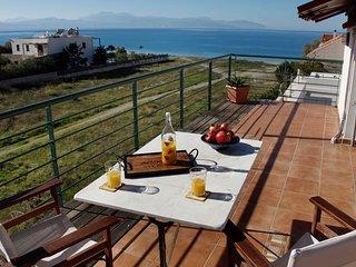 Loutraki Spa Vacation Villa w Private Way to Beach - Loutraki vacation rentals