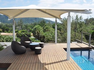Comfortable 2-Bed Apartment with a Plunge Pool - Chalong Bay vacation rentals