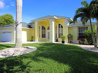 Blue Heron Breeze  - turn your dreams into reality - Cape Coral vacation rentals