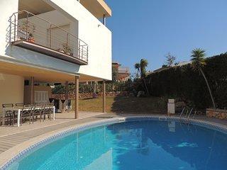 4 bedroom Villa with Internet Access in Son Veri - Son Veri vacation rentals