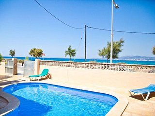 Cozy Villa with Internet Access and Washing Machine - Can Pastilla vacation rentals
