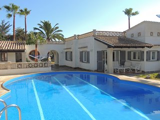 Cozy Villa with A/C and Television - Cala Murada vacation rentals