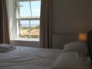 No cottage closer to the sea in Caister 30km long sandy beach to explore - Caister-on-Sea vacation rentals