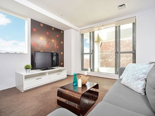 Modern Two Bedroom Apartment Serviced weekly - Auckland vacation rentals