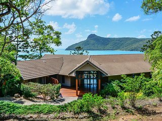 Beautiful House with A/C and Television - Hamilton Island vacation rentals