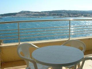 Bright 2 bedroom Vacation Rental in L'Escala - L'Escala vacation rentals