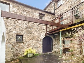 BARN OWL COTTAGE, character, open plan, in Lindale, Grange-over-Sands, Ref 948981 - Grange-over-Sands vacation rentals