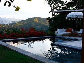 Nirvana, a beautiful tropical vacation home with the greatest views of the Andes - Anapoima vacation rentals