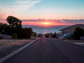 99 Battye Road - Great Views and Sleeps 13 - Encounter Bay vacation rentals